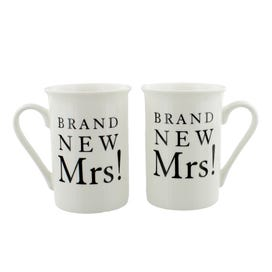 Brand New Mrs & Mrs Mug Set